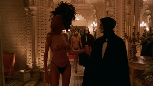 Eyes-Wide-Shut-354